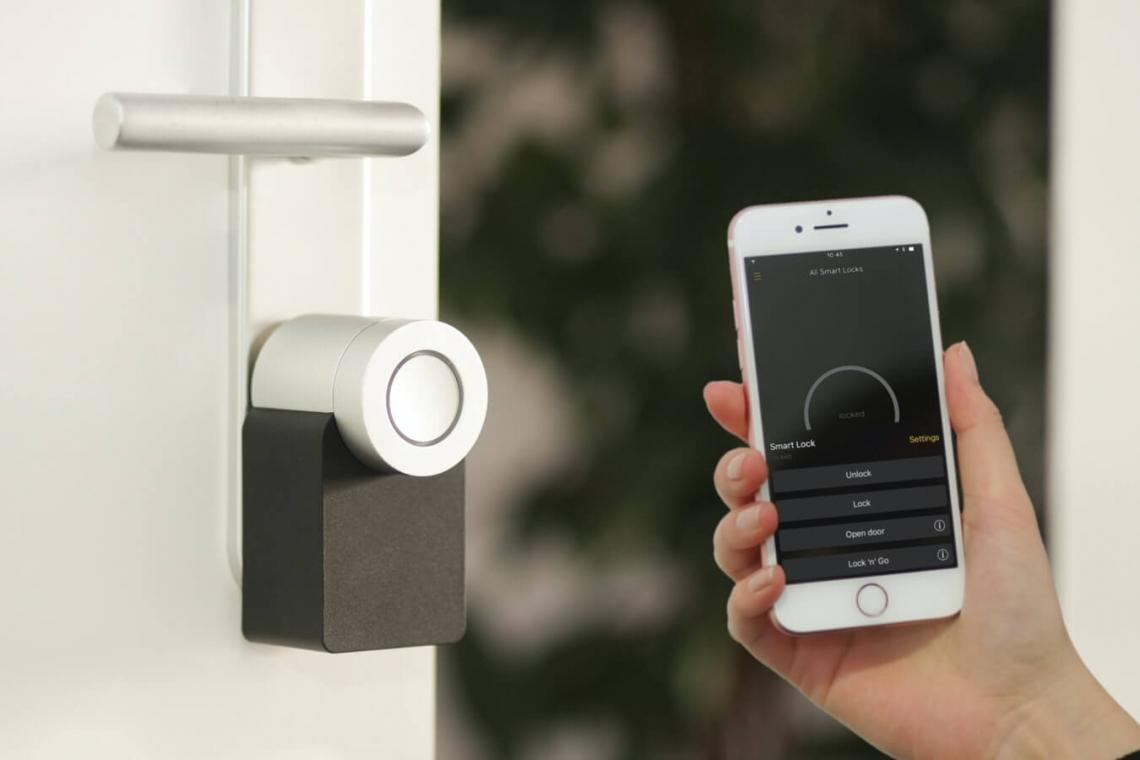 Increase Safety of Your Home and Office By Smart Door Lock