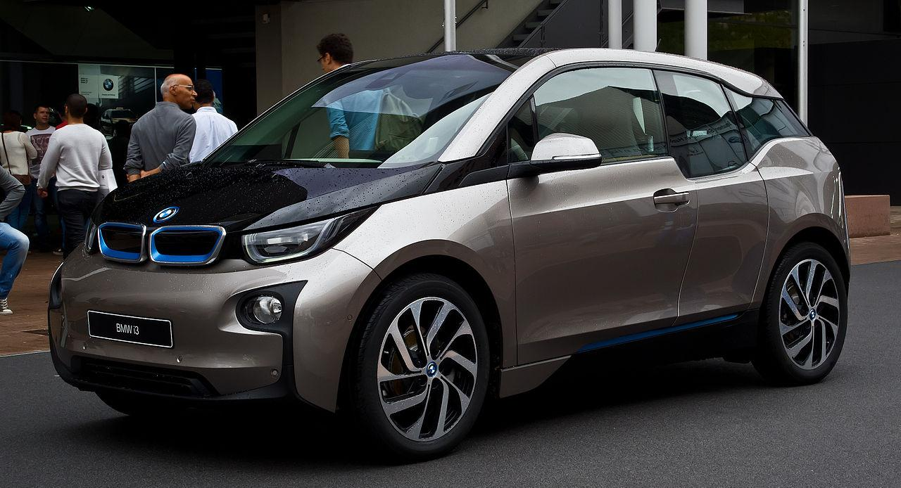 BMW i3male Frontansicht 14. September 2013 Frankfurt