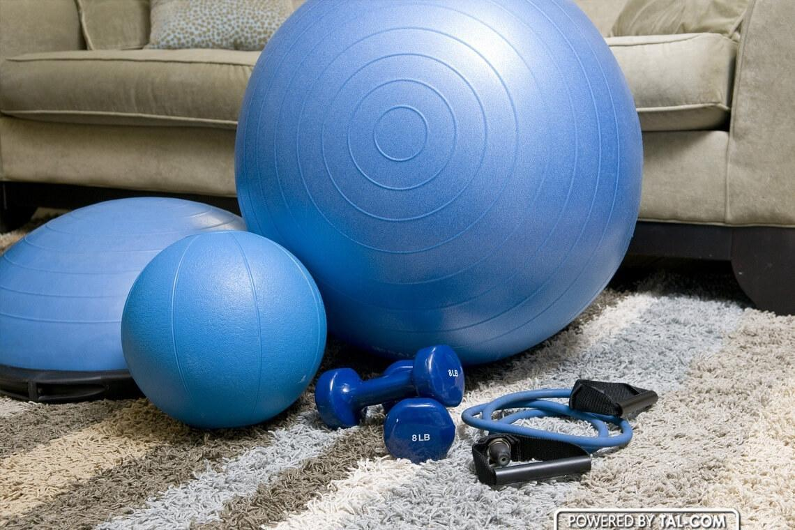 Home gym; economically and efficiently. How to organize it at home?