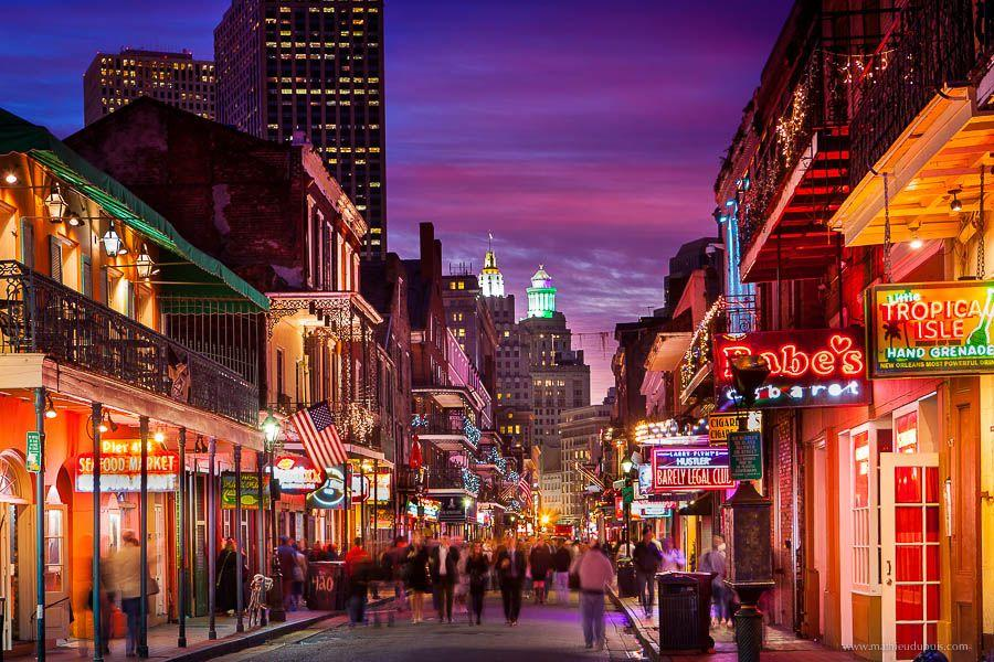 "New Orleans : The Attractions of  ""Big Easy"""